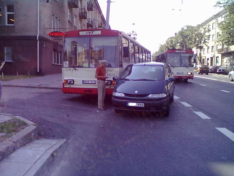 Avarija 2013-07-04 (1512)