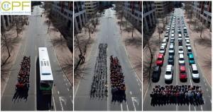 Automobilis: mažai pervežtų žmonių, bet daug užimtos erdvės. Foto: Cycling Promotion Fund, Canberra (Australia)