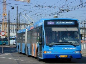 Troleibusas Berkhof Premier AT18. Nuotraukos autorius Spoorjan, wikimedia.org