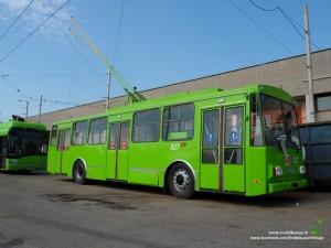 Kaunas, troleibusas Škoda 14Tr (327), pagamintas 1991 m.